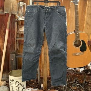 Vintage KÜHL Ryder Tough Work Pants.